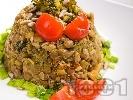 Рецепта Топла салата от леща с броколи и пармезан